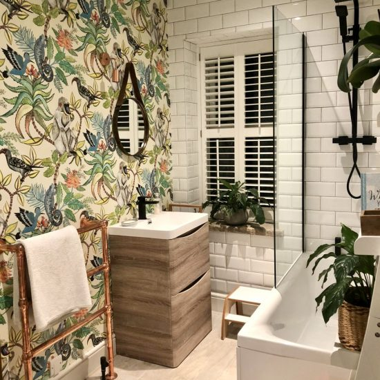 patterned wallpaper bathroom